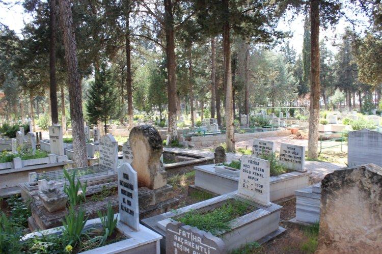Nizip Asri Mezarlıkta Yer Kalmadı