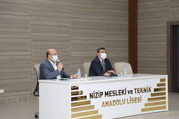 Nizip'te muhtarlar toplantısı yapıldı
